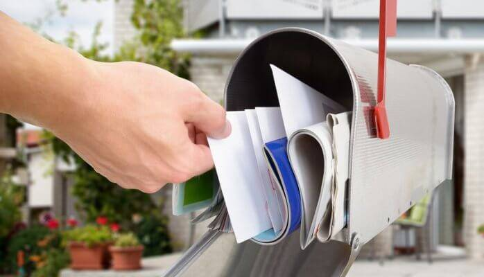 Business Owners: Here's Why You Should Still Use Snail Mail
